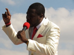 Denying adultery charges ...Prophet Walter Magaya (photo: B Kanamhora